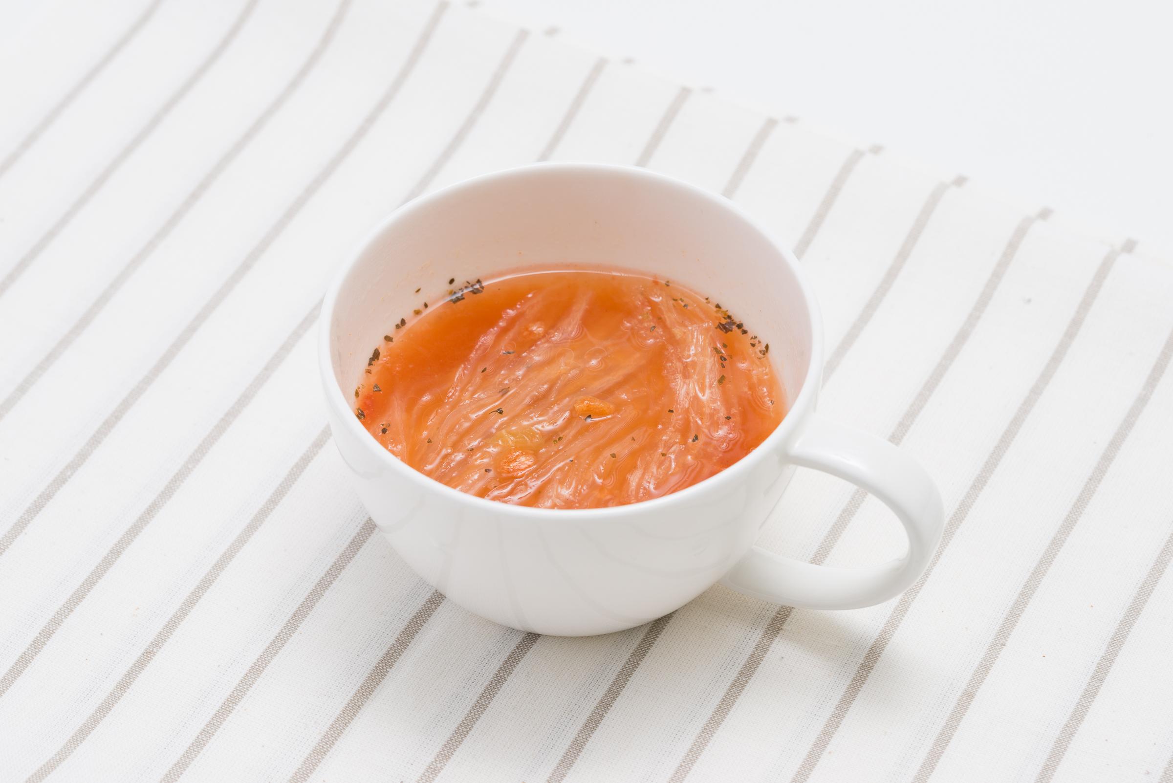 スープキャベツとトマトイメージ